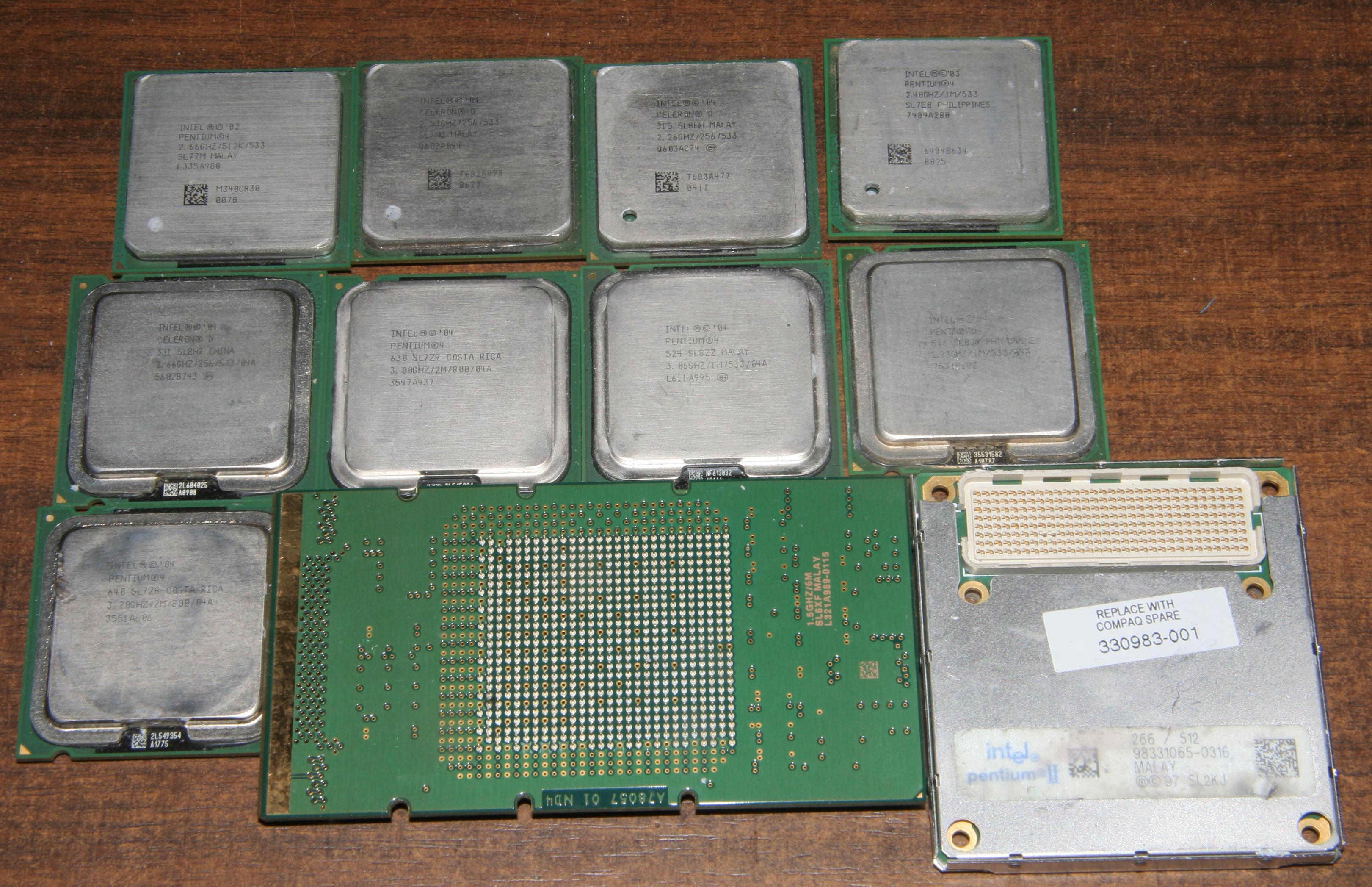 SL3NB Intel PIII-600EB-33-256k Slot1 CPU New SL3NB With Heatsink INTEL